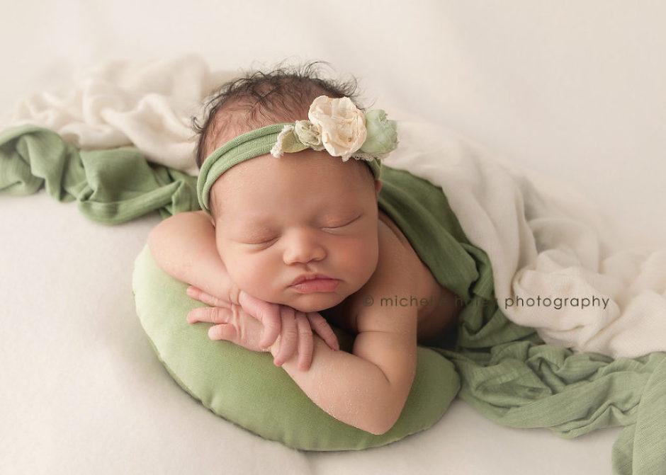 maternity photographer for studo portraits in Atlanta